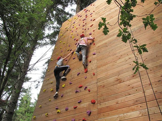climb-2256234_640
