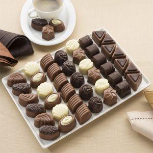 259001000_grand_assortiment_de_chocolats_belges_1kg_01