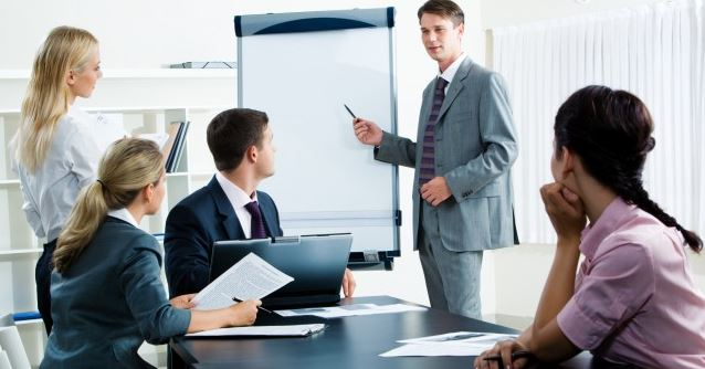 Stand-Out-at-Your-Next-Business-Meeting