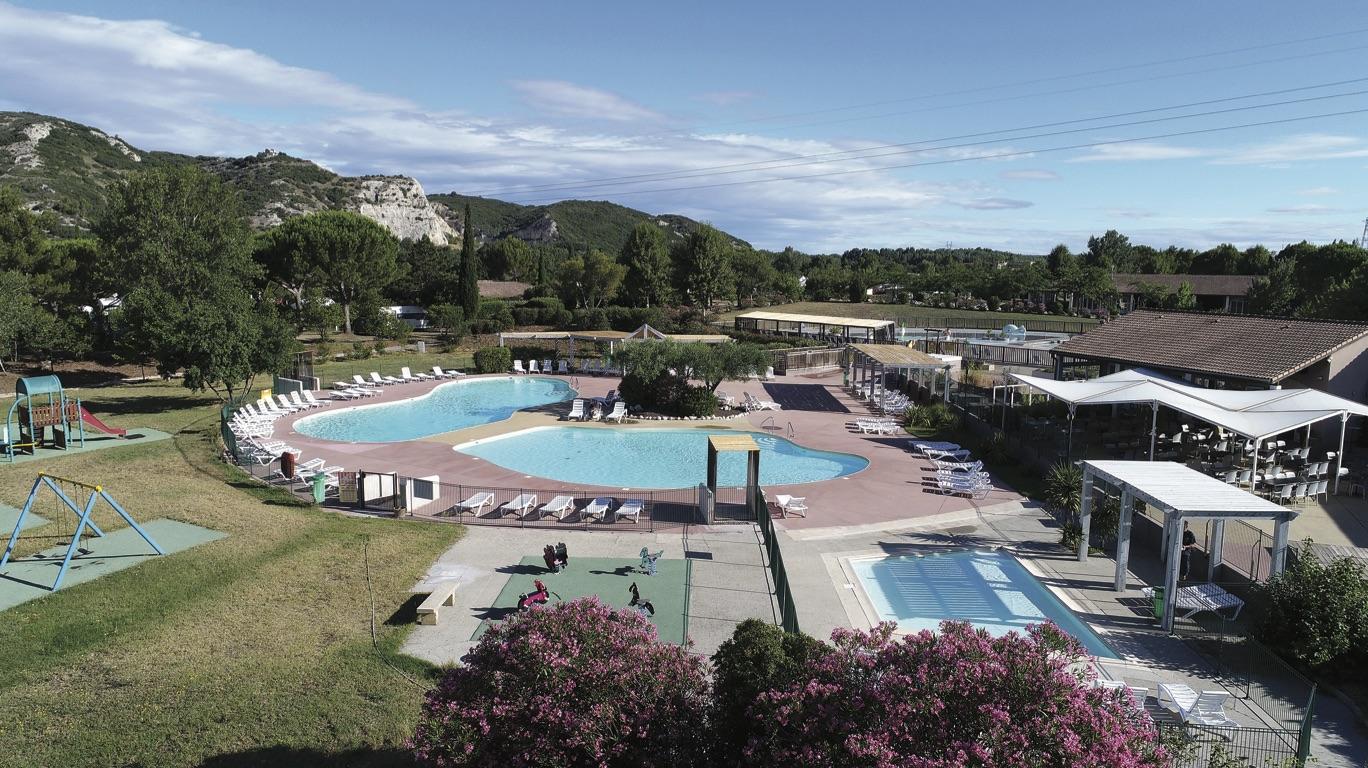 Piscine-Camping-IledesPapes-VilleneuveLezAvignon (5)